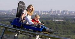 9,90 statt 28 Euro – Rodelrausch in der Sommersonne: 8 Tickets für sommerliche Berg-und-Tal-Fahrten im Alpincenter Bottrop