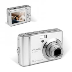 Hyundai A1227 12.2 Megapixel Digitalkamera für 33,47 Euro + € 2,97 Versand