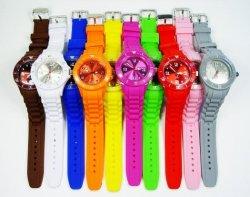 Wie Ice-Watch Silikonuhr für Damen und Herren für nur 2,95€+ 2,20€ Versand @amazon