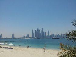 5 Tage Dubai: Flug und 5 Sterne Mövenpick Deira für 348€