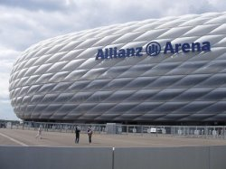 [Lokal] Champions League Public 4 Viewing-Tickets in der Allianz Arena KOSTENLOS !