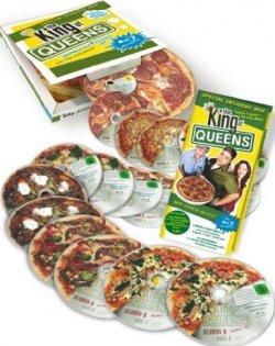 The King of Queens – Die komplette Serie in der Pizzaschachtel auf 18 Blu-rays für 86,97€ @Amazon, vorher 120,99€