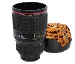 Trinkbecher Kameraobjektiv EUR 8,56 + EUR 2,95 Versandkosten @amazon