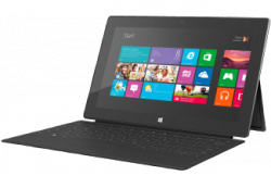 MICROSOFT 64 GB Surface RT mit schwarzer Touchtastatur 249,00€ (Idealo 389,00€) @Saturn