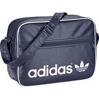 Versteckter Sale bei Adidas / Backstage PreSale, z.B. Airliner Schultertasche für 39,95€