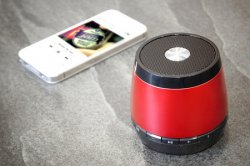 Jam Classic Wireless-Bluetooth-Speaker in den Farben Blau, Grau oder Rot für 22,99 € @groupon