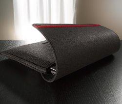 Filz Notebookhülle (grau) für 4 € statt 7,95 € bei tchibo.de mit kostenlosem Versand bei Lieferung und Abholung in einer Tchibo Filiale