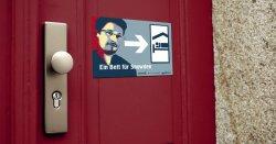 Gratis Türschild + Aufkleber Ein Bett für Snowden @Campact