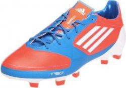 @SportsDirect bietet mehrere Adidas – Fußballschuhe bis zu 90% reduziert