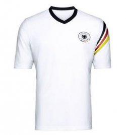 @amazon: Nivea Men Produkte im Wert von 5€ kaufen und DFB Shirt im Wert von 19€ gratis dazu erhalten