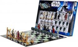 Star Wars Schachspiel für 13,99 € inkl. Versand  mit Gutscheincode (27,93 € Idealo) @elfen.de