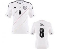20% Weihnacht-Rabatt auf Alles @OUTFITTER z.B. DFB Trikot Home Özil EM 2012 für 15,96€ (nächstes vernünftiges Angebot bei idealo: 50,36€)