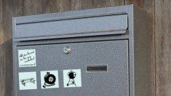 Was kannst du verleihen? – Aufkleber für den Briefkasten von PUMPIPUMPE.CH