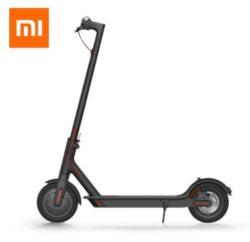 Klappbarer Elektro-Roller Xiaomi M365 mit max. 25 km/h für 399,99€ durch Gutschein [Pandacheck 475€]